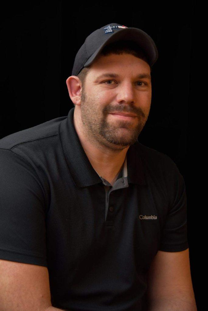 Tony Tomczik- Sales Agent